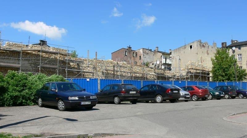 Remont murów miejskich Zawale -3